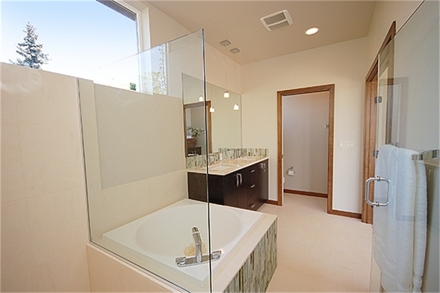 Seattle Fremont Master Bath 2