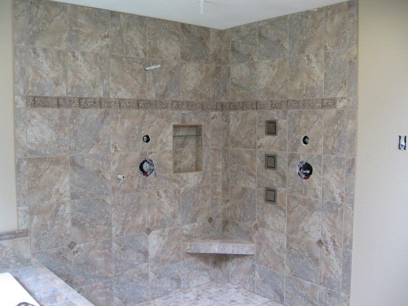tile-master-bathroom-shower-in-redmond-washington