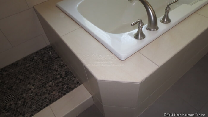 solid body porcelain tile with bullnose edge